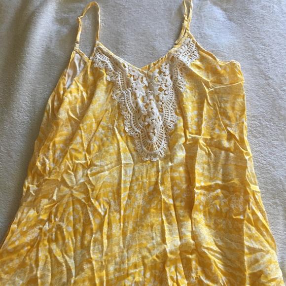 Xhilaration Dresses & Skirts - Xhilaration Yellow maxi dress